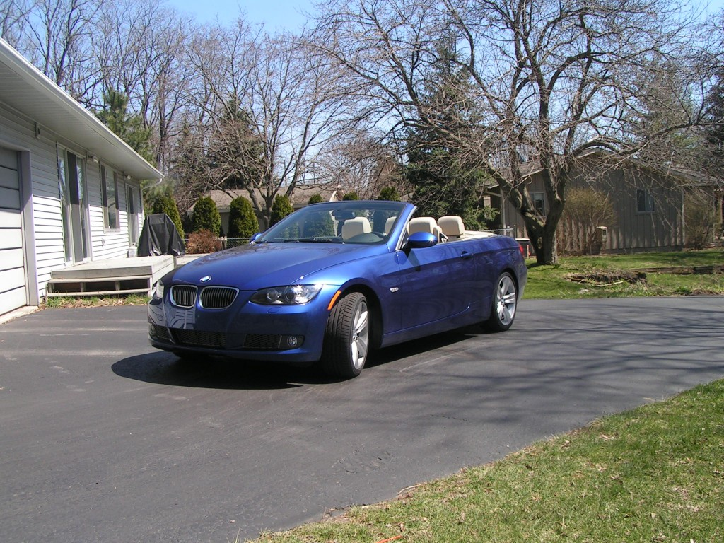 Sunshine car: Montego Blue 335i Convertible